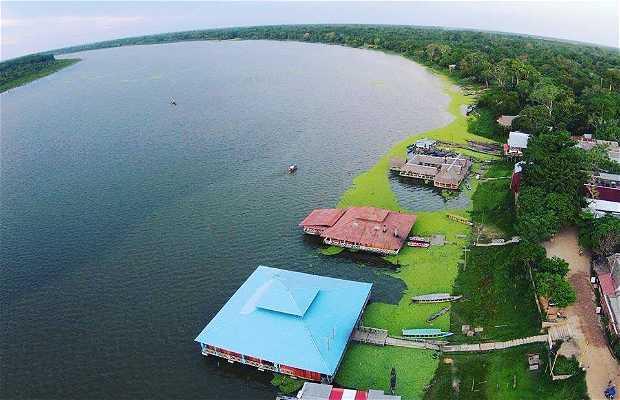 laguna yarinacocha ucayali