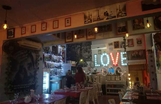 El Balcón Eat Drink Love