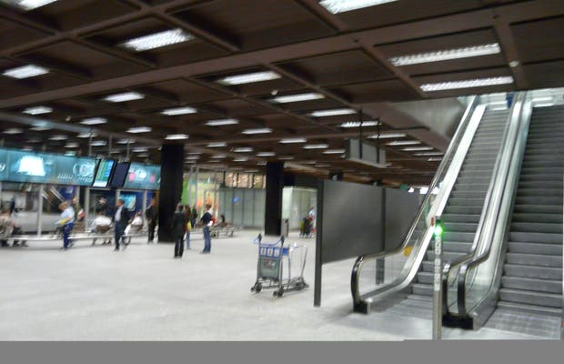 Aeroporto Zurigo Mappa : Aeroporto di zurigo a opinioni e foto