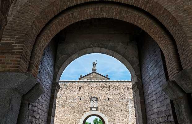 Puerta Antigua de Bisagra