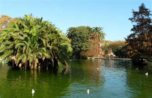 Grande Lago do Parque da Ciudadela