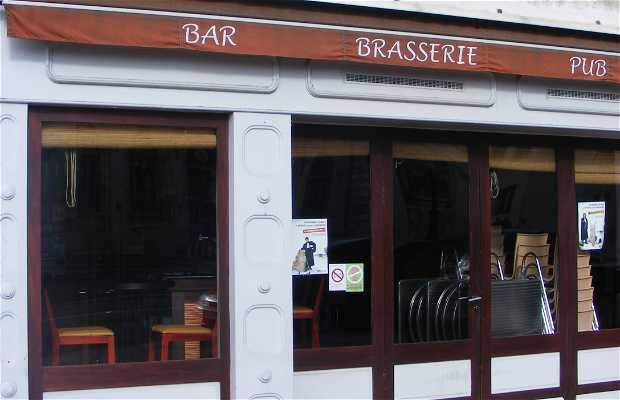 Bar Le bal des oiseaux, Rochefort, France