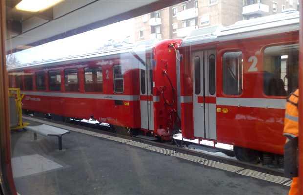 Estación Tirano (RhB)