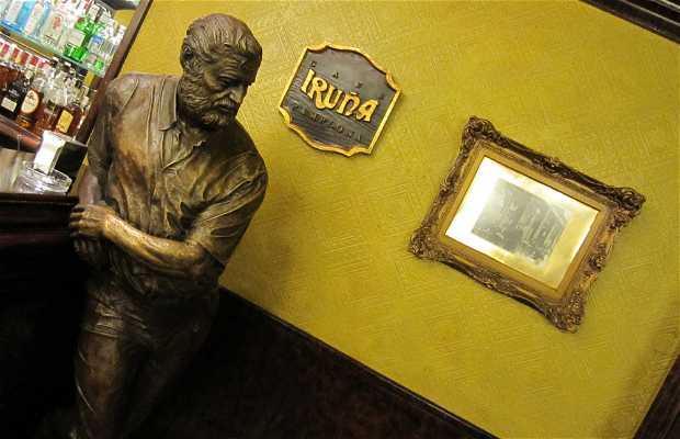 Statue d'Ernest Hemingway
