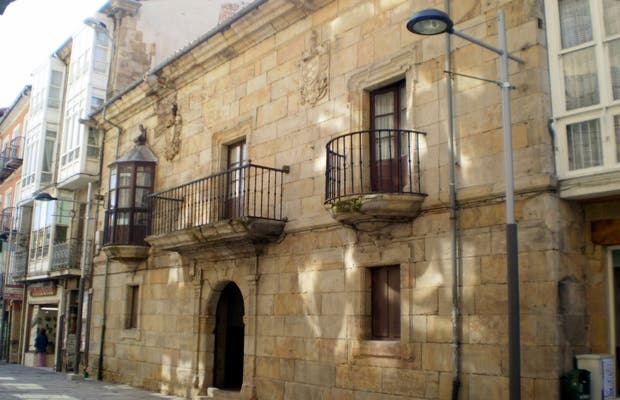 Casa del Marqués de Cilleruelo o Casa de Pano