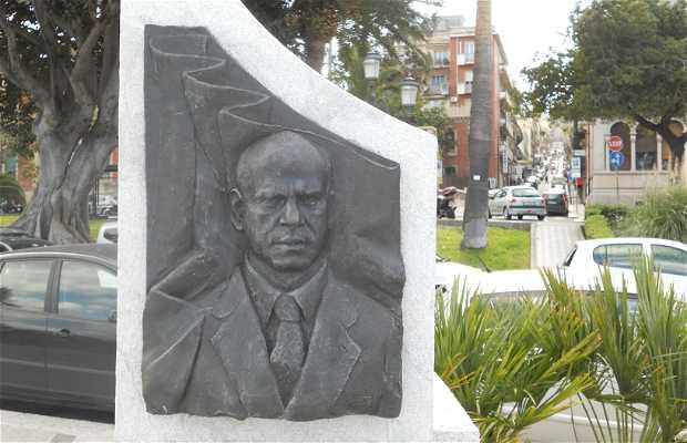 Monumento a Ciccio Franco