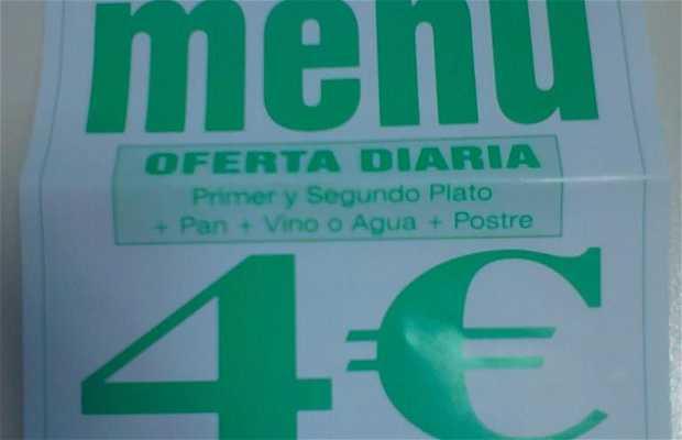 CUE Cafe Billar - Cerrado