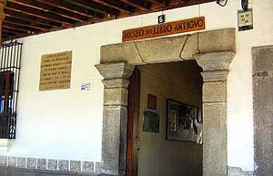 Museu do Livro Antigo
