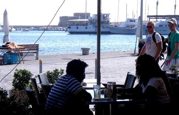 Café-Restaurante The Harbour