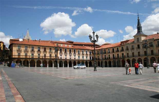 Il Quartiere Humedo, Leon