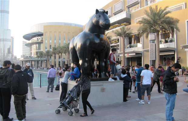 Escultura de caballo, de Botero