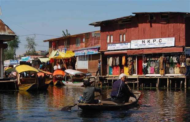 Floating markets of Srinagar