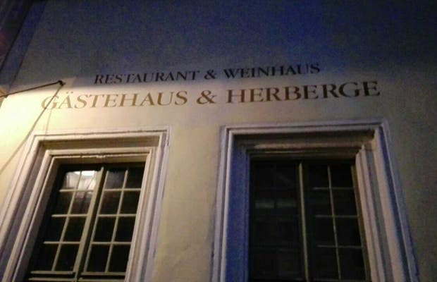 Gästehaus & Herberge