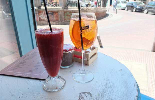 Vacaciones Cocktail Bar