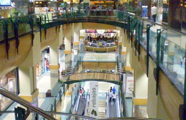 Centro Commerciale Ponte Vella ad Orense