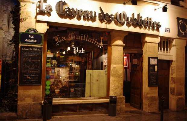 Le Caveau des Oubliettes, pub y club de jazz