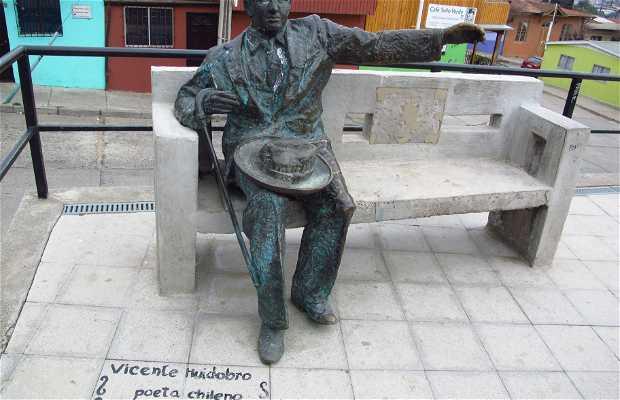 Estátua Vicente Huidobro