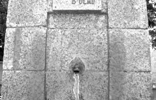 Plaza d'Ulmu