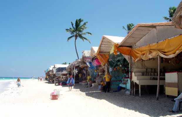 Mercato delle pulci di Playa Bávaro