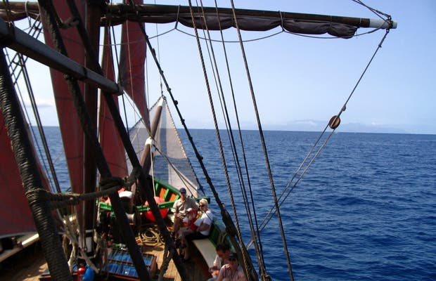 Excursión en barco pirata por Costa Adeje