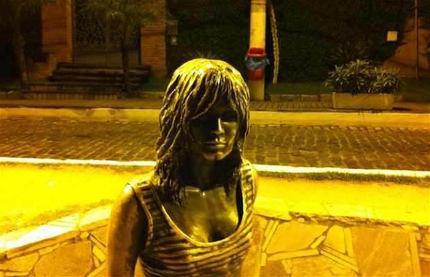 Estátua de Brigitte Bardot