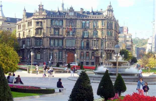 Piazza Federico Moyúa - Elíptica