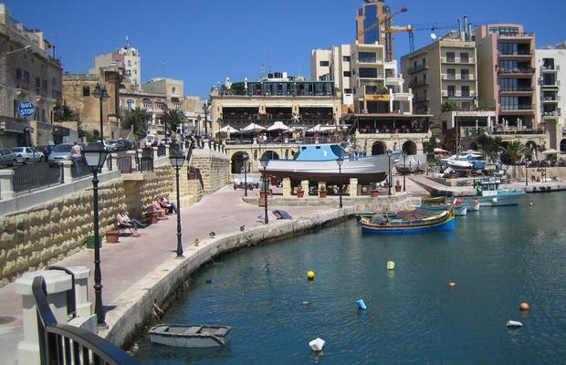 Spinola Bay e St. Julian