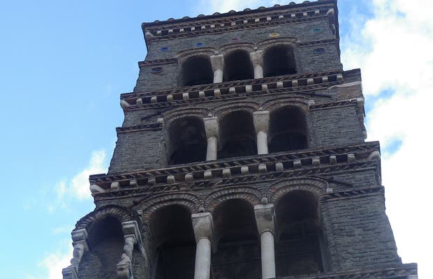 Campanile di Santa Maria in Vivario