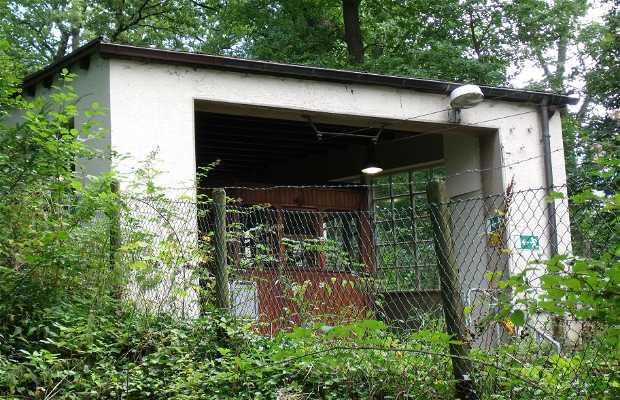 Funicular Seilbahn am Waldfriedhof