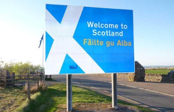 Entre Escocia y Inghelterra