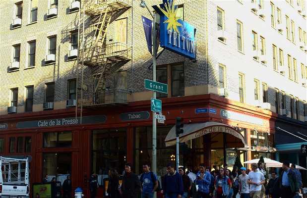 Café de la Presse di San Francisco