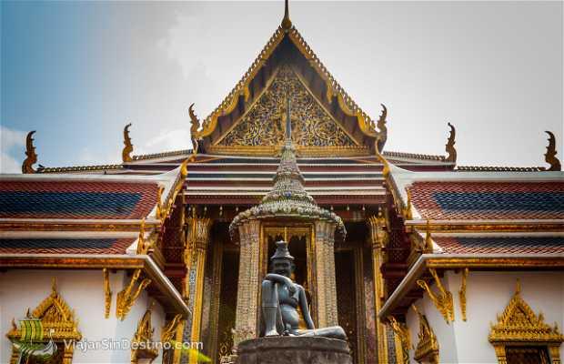 Wat Phra Kaew (Emerald Buddha Templ)