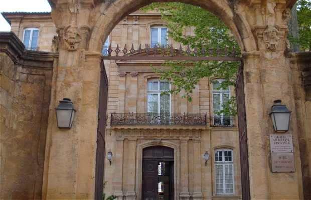 Hôtel de la Tour d'Aigues