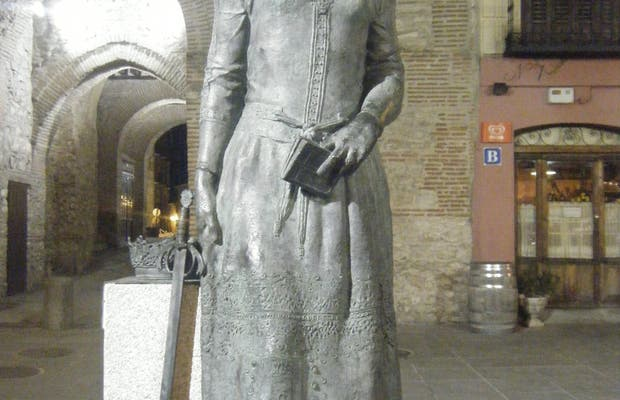 Statue Isabel la Catolica