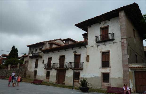 La Casa de La Pola.