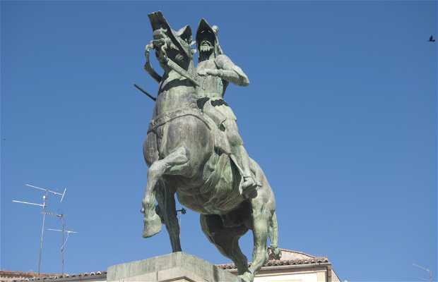 Statua equestre di Francisco Piazarro a Trujillo