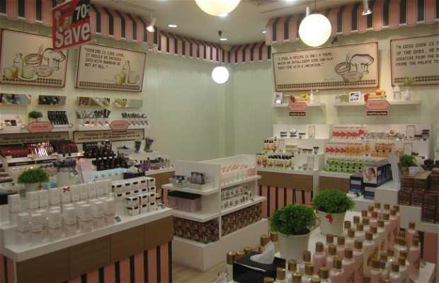 Beauty Buffet, Bangkok