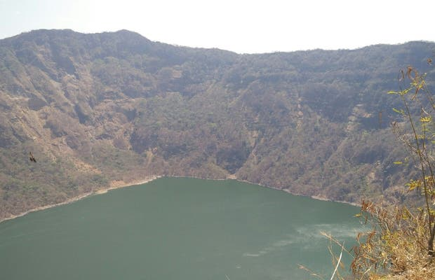Reserva Volcan Cosiguina, laguna del crater.