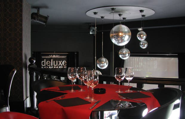 Deluxe Lounge Restaurant & Music