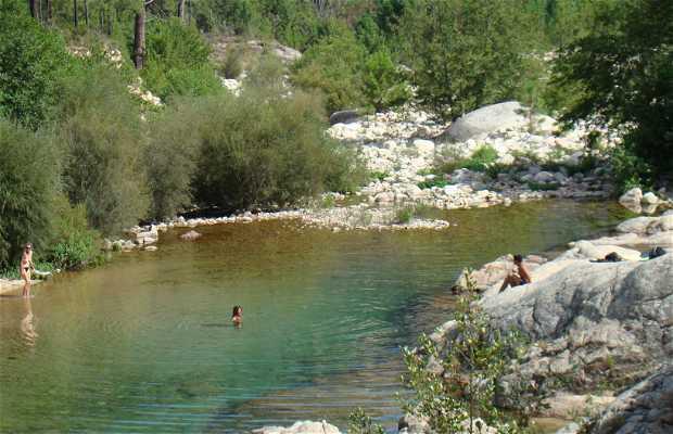 Vasques naturelles de la vallée du Cavu