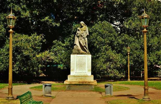 Monumento A Los Caídos el 6 de Septiembre