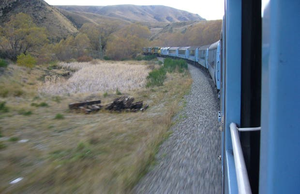 Tren TranzAlpine