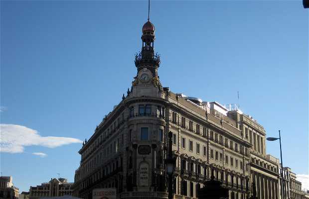 Spanish Credit Bank (Banesto) and Old Palace of the Equitative