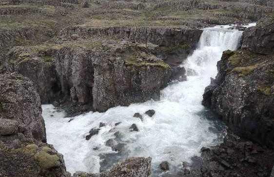 Cascada en el río Fossa