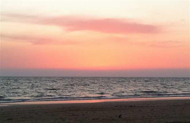 Playa De Las Tres Piedras (Chipiona)