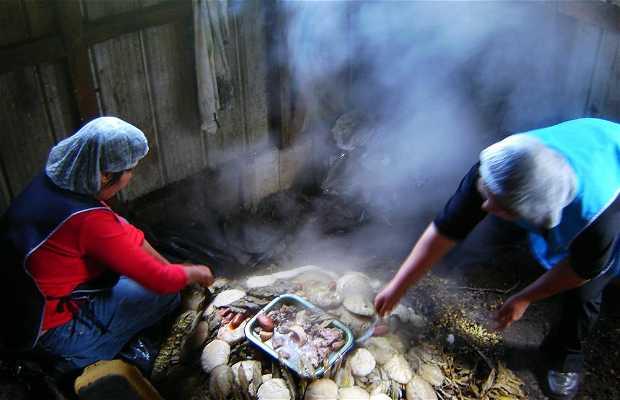 Comer Curanto