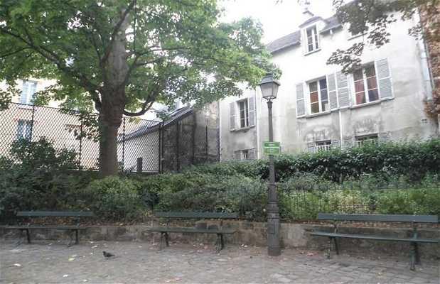 Square Claure Charpentier