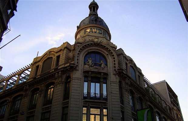 Edificio La Favorita