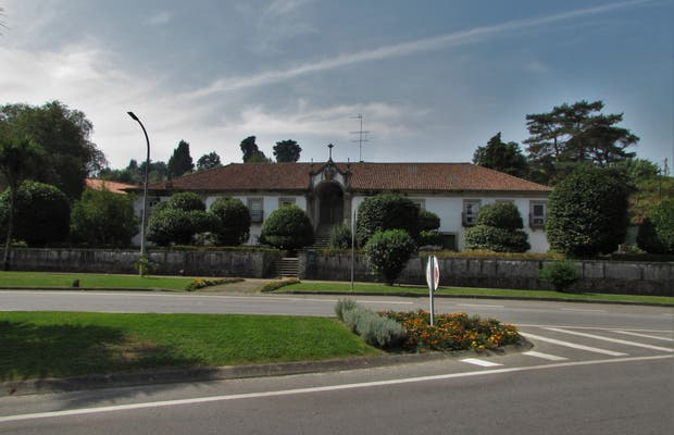 Casa e Jardim da Igreja