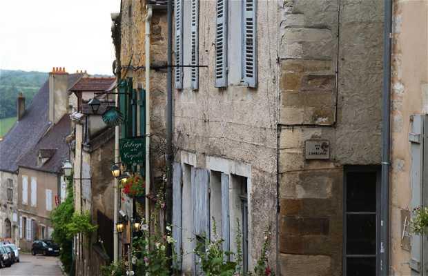 Rue Saint Pierre de Vézelay